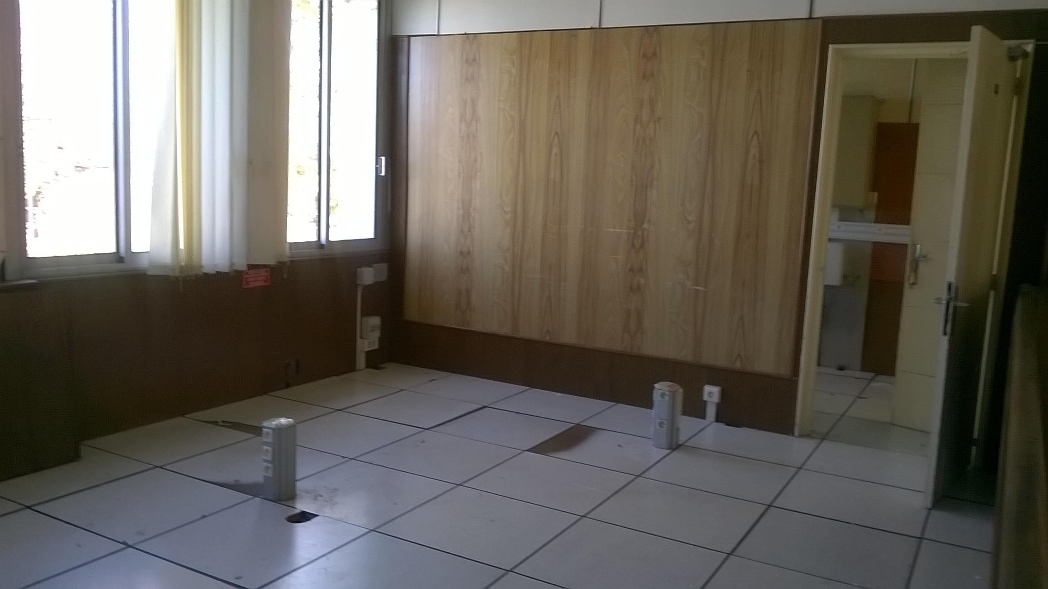 bureau de change nimes comparateur bureau de change 28. Black Bedroom Furniture Sets. Home Design Ideas