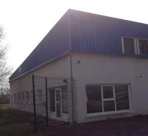 lot 1 - hangar