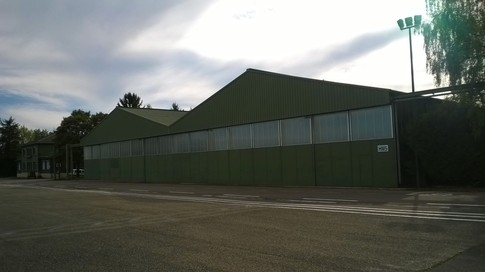 Hangar HM5 piste